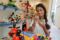 Curaçao, Netherlands Antilles, Dutch, Willemstad, Punda, Serena´s Art Factory, business, gift shop, souvenir, local craft, hand-painted ceramic, figur...