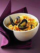 Linguines with mussels and fennel seeds