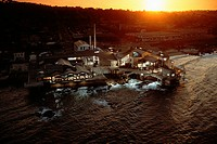 Echoing the architecture of the abandoned cannery it replaced, the Monterey Bay Aquarium MBA opened in 1984 to be a window on the bay, says director J...