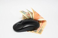 Using money online by mouse