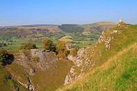 Peveril Castle and Cave Dale, Castleton, Peak District National Park, Derbyshire, England, UK