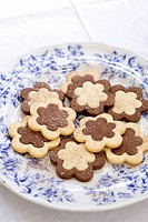 Flower_shaped biscuits
