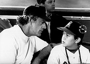 "Film, ""Angels, angel really gives it"" Angels into the Outfield, to the USA 1994 direction: William Dear, scene with: Christopher Lloyd Joseph Gordon L..."