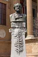 Giuseppe Verdi bust outside Palermo Opera House, Teatro Massimo, Piazza Giuseppe Verdi, Palermo, Sicily, Italy