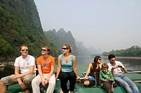 Li River cruise between Guilin and Yangshuo, Guangji province, S  China