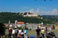 Passau, River Inn, Veste Oberhaus fortress, Lower Bavaria, Bavaria, Germany, Europe.