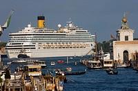 Italy, Veneto, Venice, Canal Grande, Cruise Ships ...