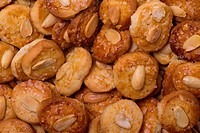Biscuits with almond