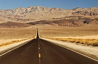 Highway 190, Death Valley National Park, California, USA