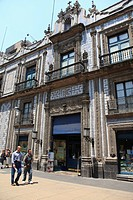Sanborns department store, Casa de los Azulejos House of Tiles, originally a palace, Mexico City, Mexico, North America