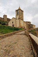 Castle and church of Santiago, Medellín, Badajoz province, Extremadura, Spain