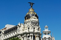 Spain, Madrid, Metropolis Building, at the corner of Gran Via and calle de Alcala, designed in 1911 by the architects Jules and Raymond Fvrier for the...