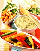 Raw vegetables and guacamole dip