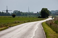 France, Nord, Steenvoorde on the road to the village