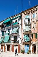 Italy, Puglia, Bari, old town square
