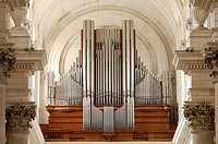 France, Pas de Calais, Arras, Notre Dame et Saint Vaast d´Arras Cathedral, great organ brand Roethinger of 74 games installed in 1964
