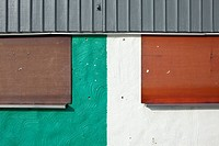 Detail of the facade of a building (thumbnail)