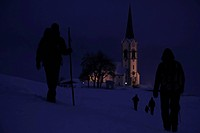 Winter walk to church (thumbnail)