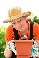 Young woman _ gardening