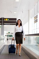 Latin businesswoman at the airport