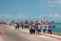 People at the fishing port, Ko Samui, Thailand, Asia