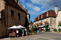 Autoire, labelled Les Plus Beaux Villages de France, The Most Beautiful Villages of France, Haut Quercy, Lot, France, Europe