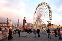 Christmas market, ferris wheel, on the Scheldt or Schelde river bank, historic centre of Antwerp, Flanders, Belgium, Europe