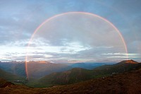 Rainbow in the Talkeetna Mountains in the Alaska wilderness, Alaska, USA, North America