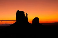 Sunrise, Monument Valley Navajo Park, Arizona, USA