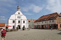 Town hall, market square, Wolgast, Usedom Island, Mecklenburg-Western Pomerania, Germany, Europe