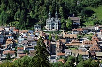 Todtnau with the Parish Church of St John, Black Forest mountain range, Baden-Wuerttemberg, Germany, Europe