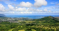 Panorama shot of a Hawaiian coastal city