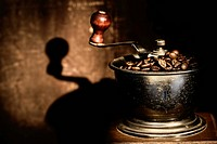Close_up of an old_fashioned coffee grinder
