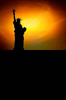 statue of liberty with black space for your text