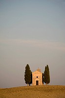The Chapel Vitaleta and cypress trees in Val d´Orcia, UNESCO World Heritage Site, Tuscany, Italy, Europe