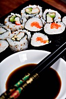 close up shot with sushi rolls