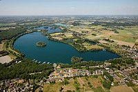 Aerial view, Baerl district, Lake Lohheider See, Duisburg, Ruhr area, North Rhine-Westphalia, Germany, Europe