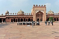 Islam Khan Mausoleum, inner courtyard of the Buland Darwaza, UNESCO World Heritage Site, Fatehpur Sikri, Uttar Pradesh, India, Asia