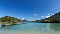 Austria, Fuschl, View of beach resort and Fuschl castle at lake Fuschlsee