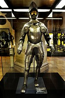 Hall with medieval armour, full ceremonial plate armour of a gentleman from Pienzenau, round 1550, Bavarian National Museum, Prinzregentenstrasse 3, M...