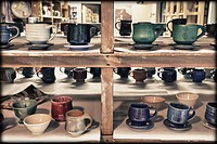 A potter´s workshop. Hockinson, Washington, USA. Handicraft, hand crafted, artistis and creative, decorative arts. Studio equipment. Displays of work,...