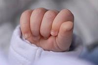 hand of newborn