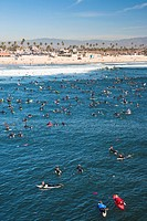 Huntington Beach, USA. The world mourned the death of professional surfer Andy Irons. In typical surfer fashion, memorial paddle outs were held the wo...