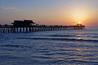 USA, Florida, Naples, Naples Pier Sunset