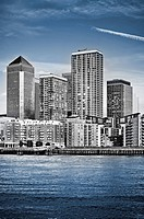 Canary Wharf, Famous skyscrapers of London´s financial district. This view includes: Credit Suisse, Morgan Stanley, HSBC Group Head Office, Canary Wha...