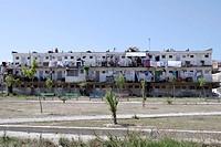 Wohnblock am Strand in Albanien