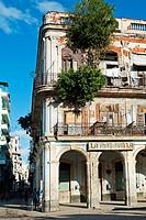 Street, Havana Vieja District, La Havana, Cuba.