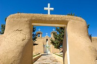 San Francisco de Asis Assisi church built in 1722 Spanish mission style of architecture, New Mexico