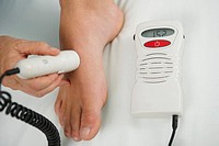 Ultrasound therapy on foot