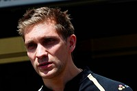 24.11.2011_ Team Picture, Vitaly Petrov RUS, Lotus Renault GP, R31